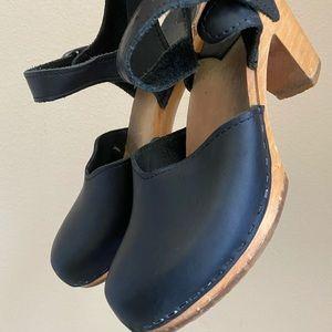 Sven Swedish maryjane black wooden heels 37